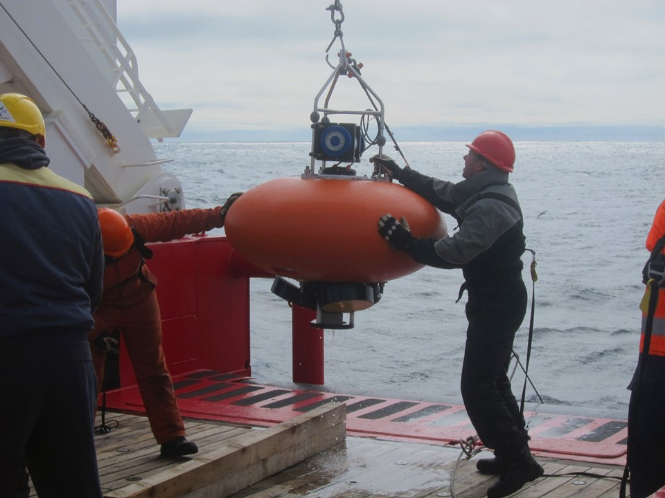 Recovery of Mooring with with Nortek ADCP in ADCP Buoy
